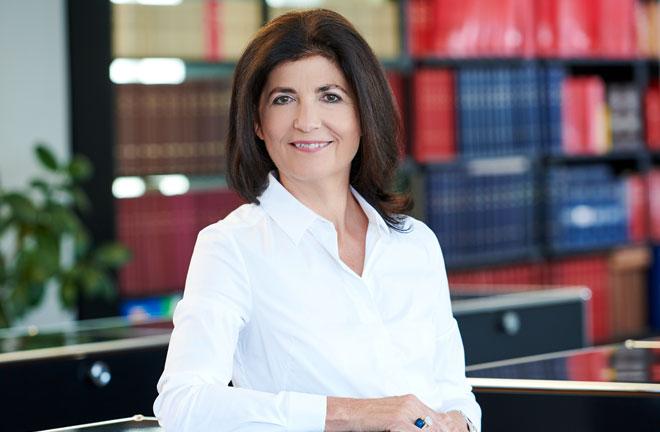 Anwältin Dr. Birgitt Breinbauer LLM.