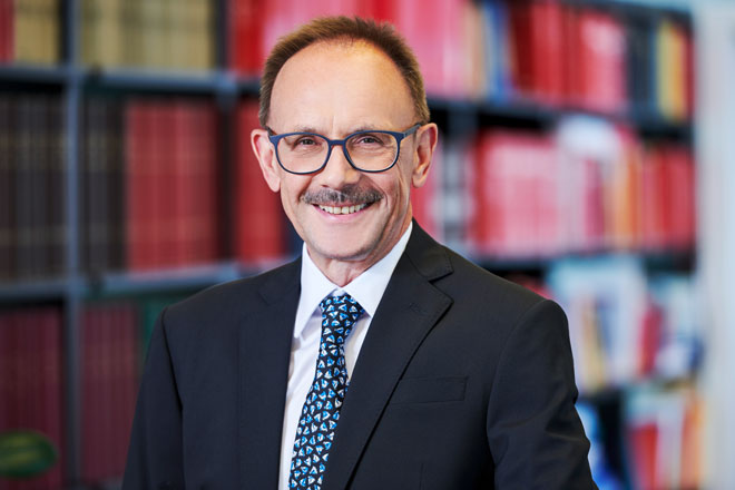 Anwalt Dr. Karl Rümmele